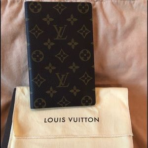 Authentic Louis Vuitton Passport/Card Holder!